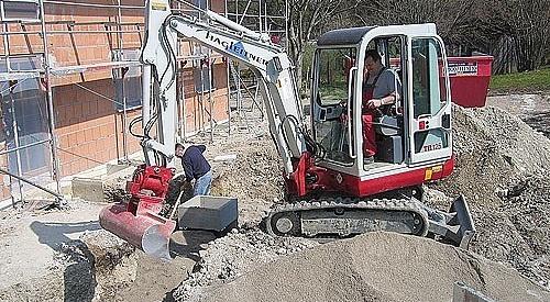 Sandbettung der Leitungen